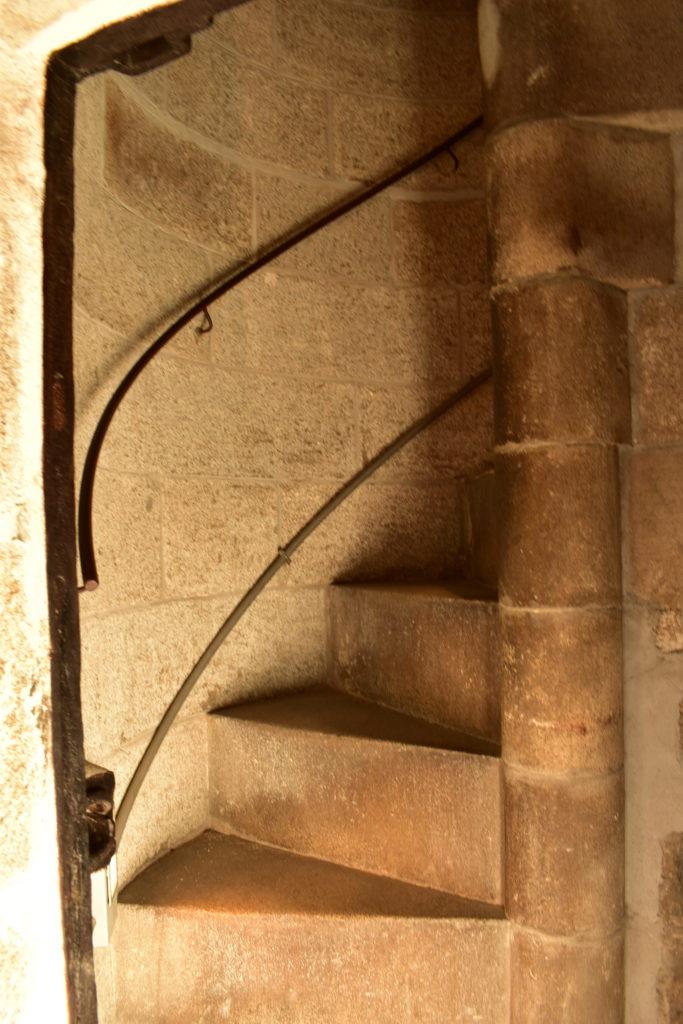 【画像】カテドラル内部の階段