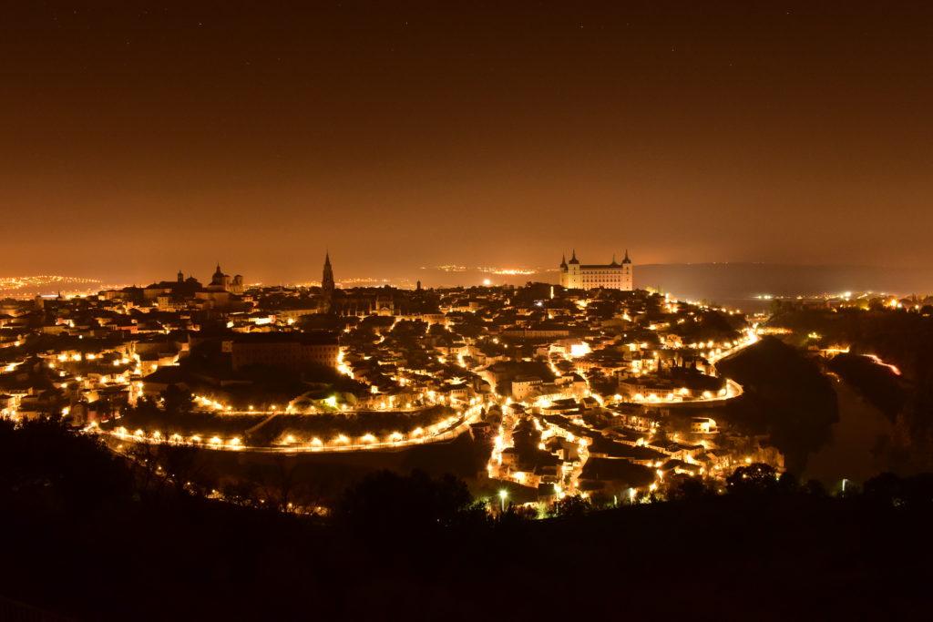 【画像】パラドール・デ・トレド 部屋からの眺望(夜)