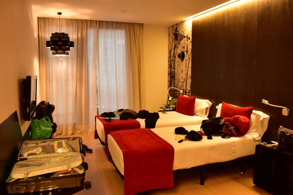 【画像】「Ayre Hotel Rosellon」の客室内