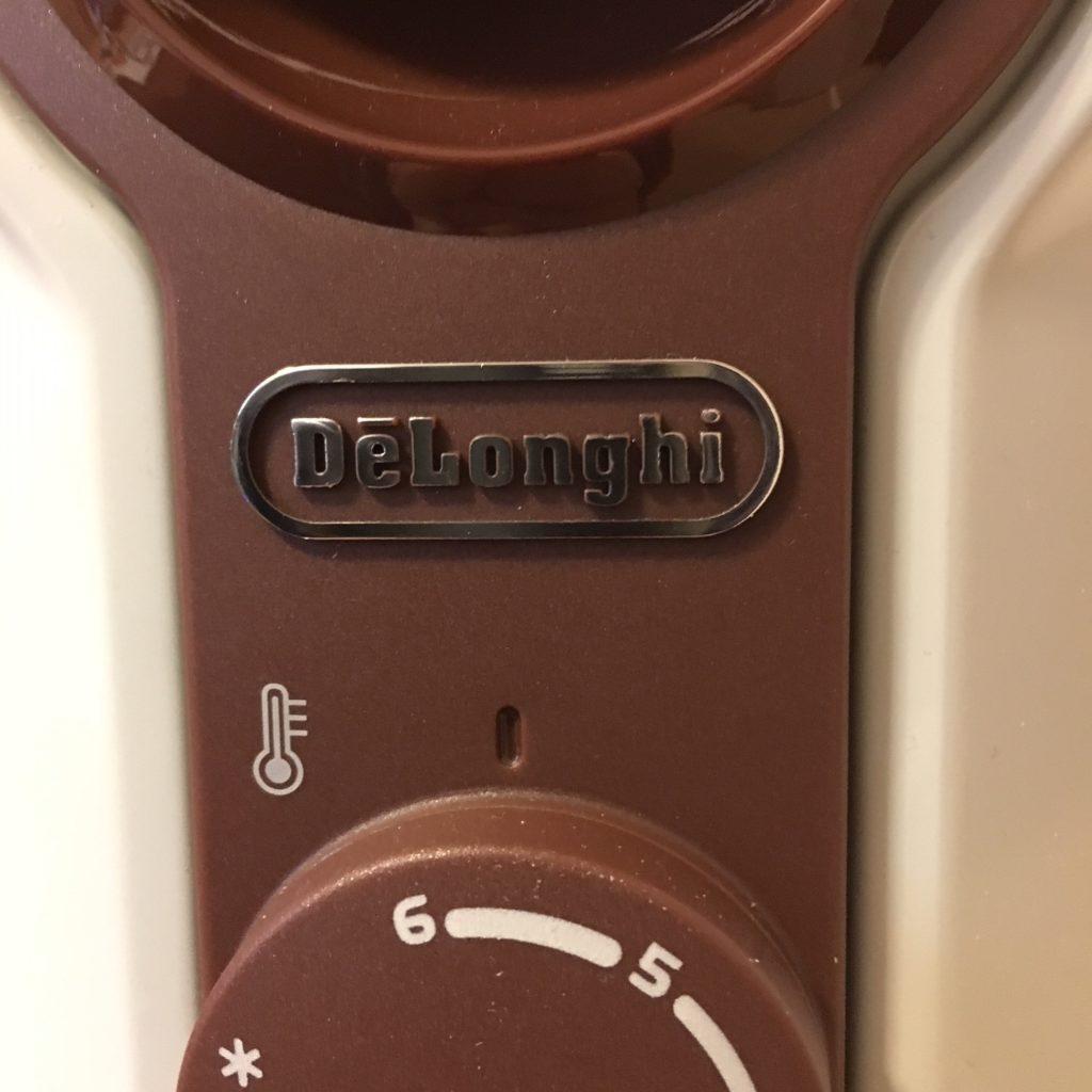 【商品画像】デロンギ オイルヒーター 操作パネル(ロゴマーク)
