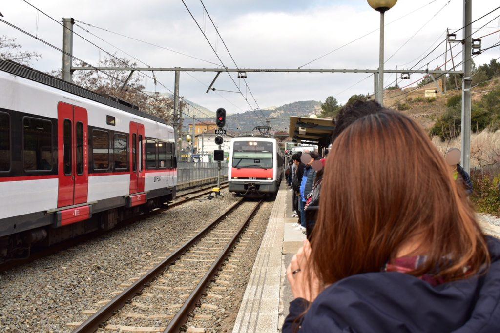 【画像】カタルーニャ鉄道のホーム