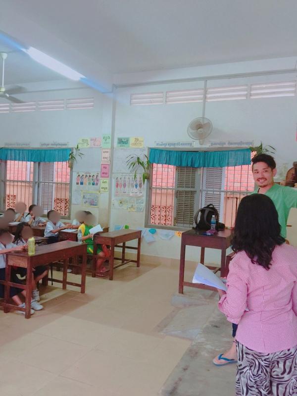 【画像】Golden Butterfly Villa 小学校でのボランティア
