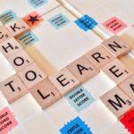 【イメージ画像】英語パネル「SCHOOL」「LEARN」