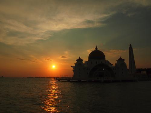 【画像】水上モスク