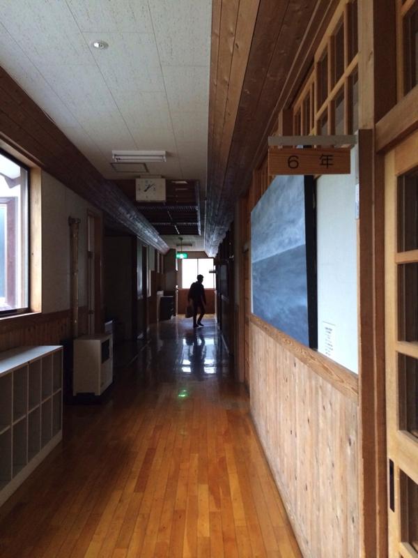 【画像】さる小 廊下