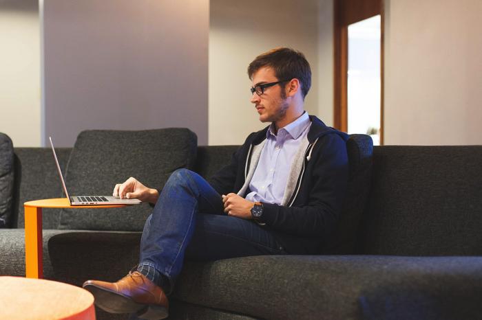 スタディサプリEnglishは元英会話カウンセラーが自信をもっておすすめします。