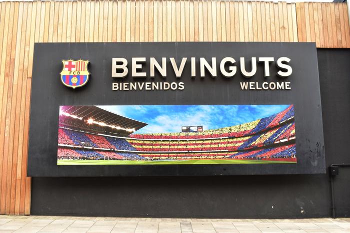【画像】バルセロナ カンプ・ノウ・スタジアム 入り口看板