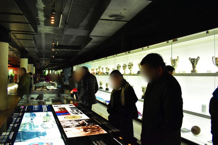 【画像】バルセロナ カンプ・ノウ・スタジアム 展示室①