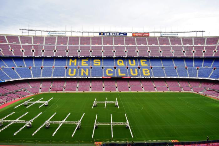 【画像】バルセロナ カンプ・ノウ・スタジアム 観客席からの眺め