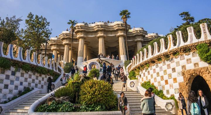 【画像】グエル公園 大階段