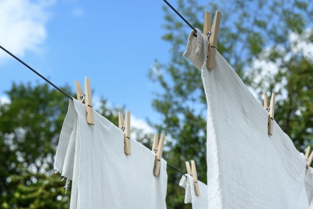 TAKU 折りたたみバケツを使って旅行中の洗濯をらくちんに♫
